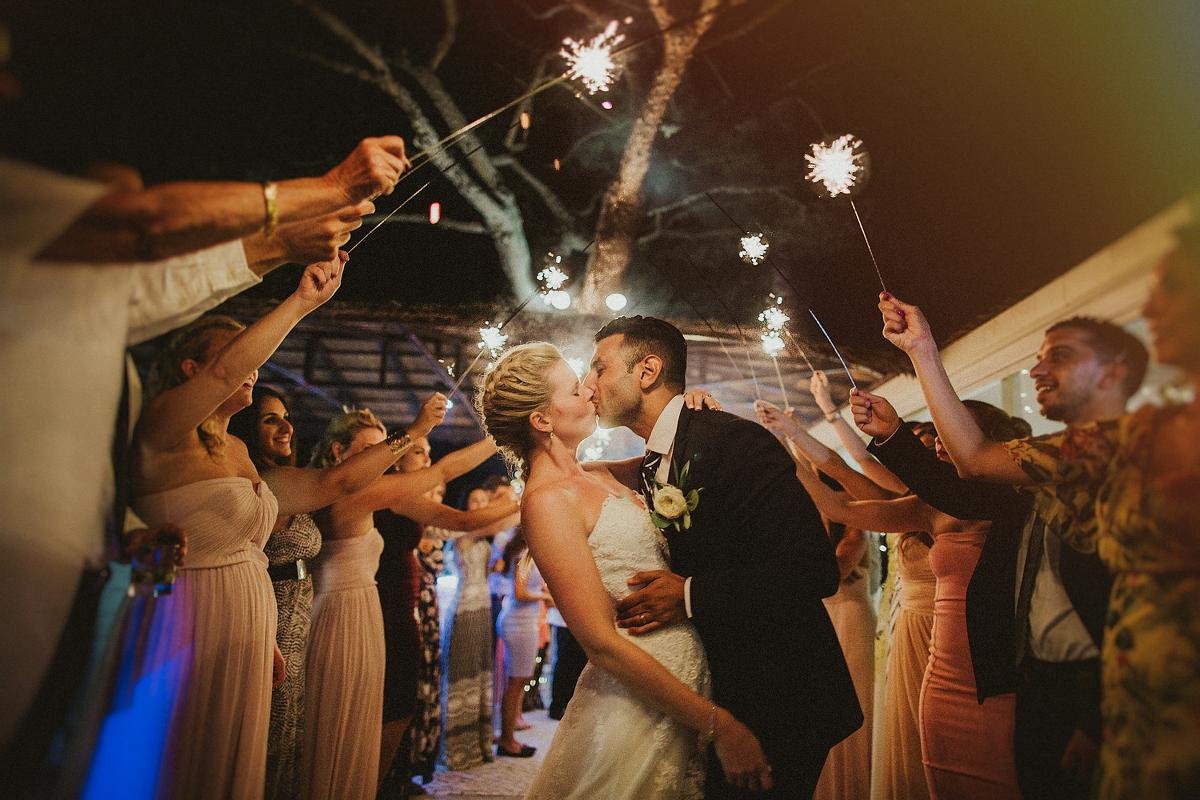 sara-and-leo-suites-alba-destination-wedding-00002