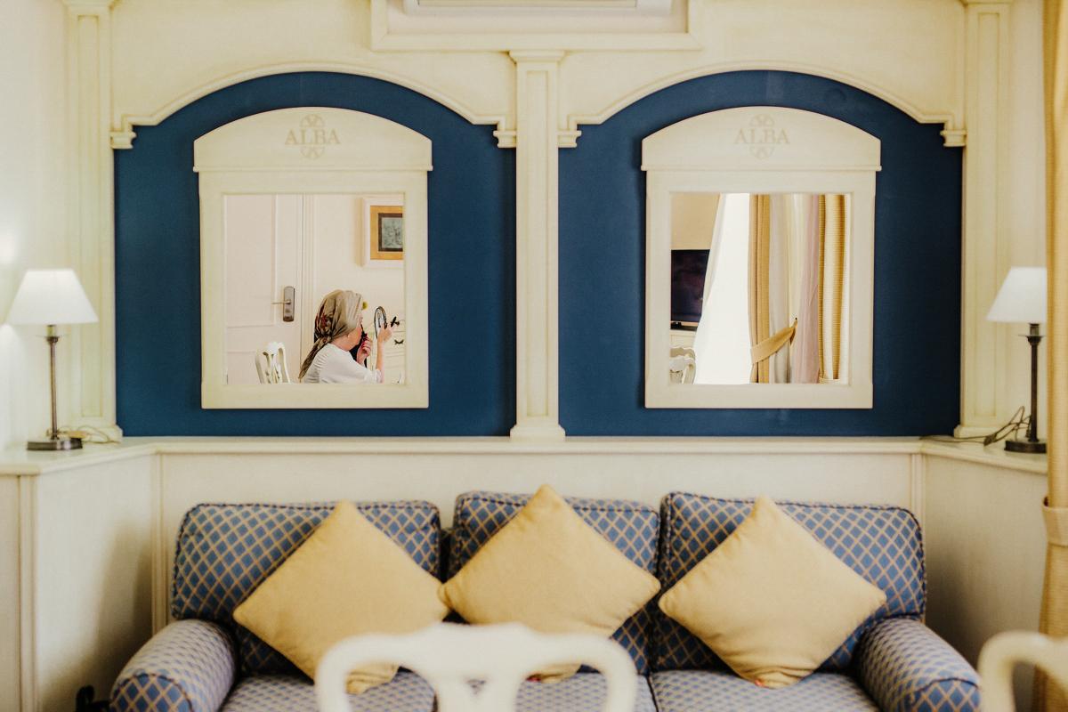 sara-and-leo-suites-alba-destination-wedding-00036