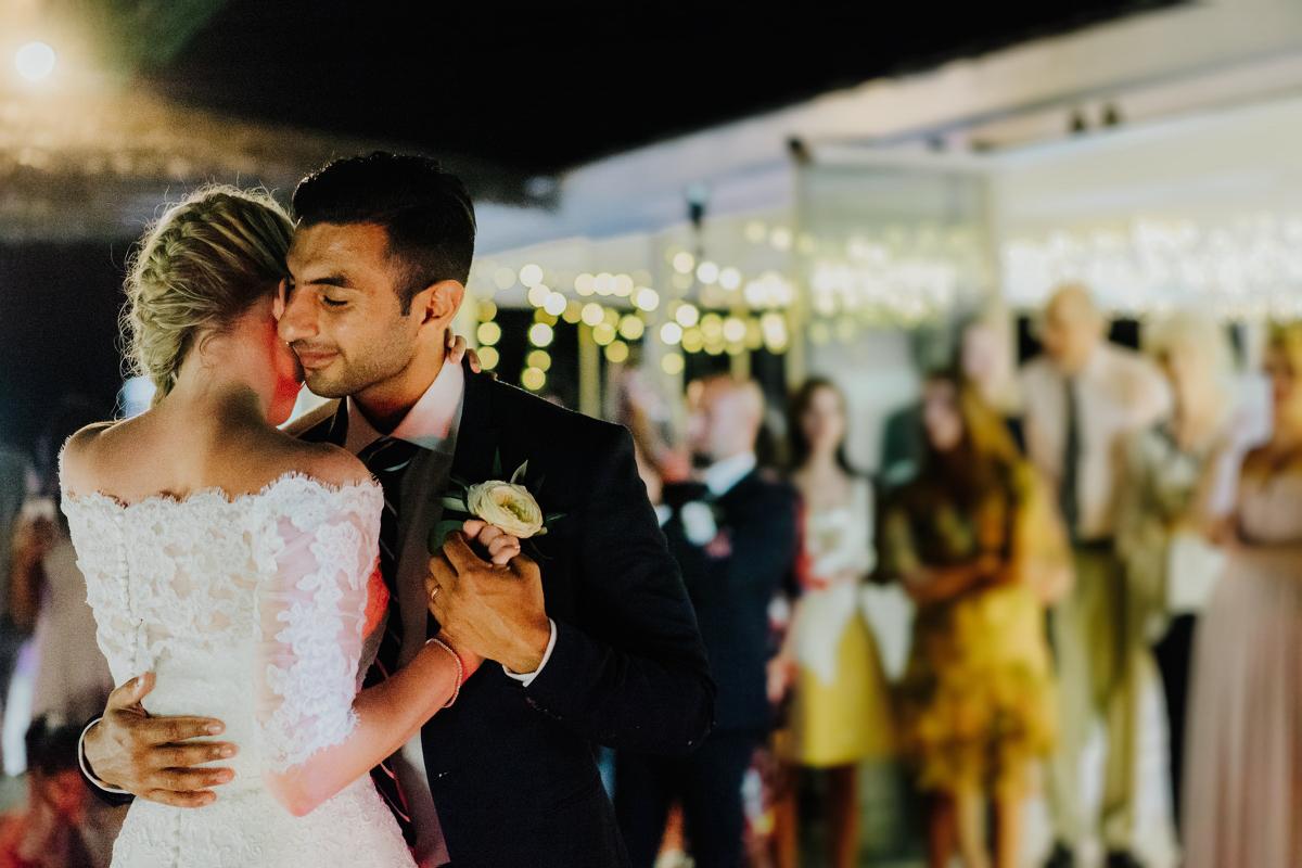 sara-and-leo-suites-alba-destination-wedding-00050