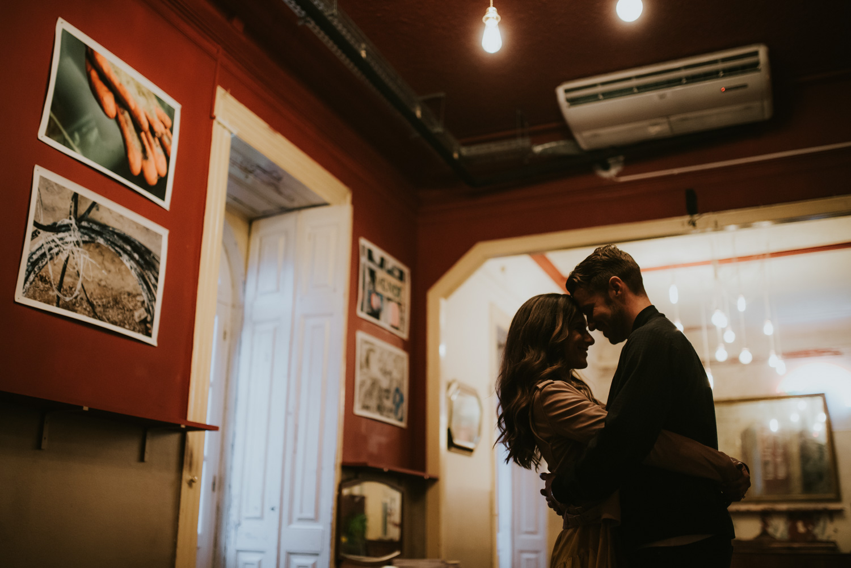 engagement in lisbon photographer the framers