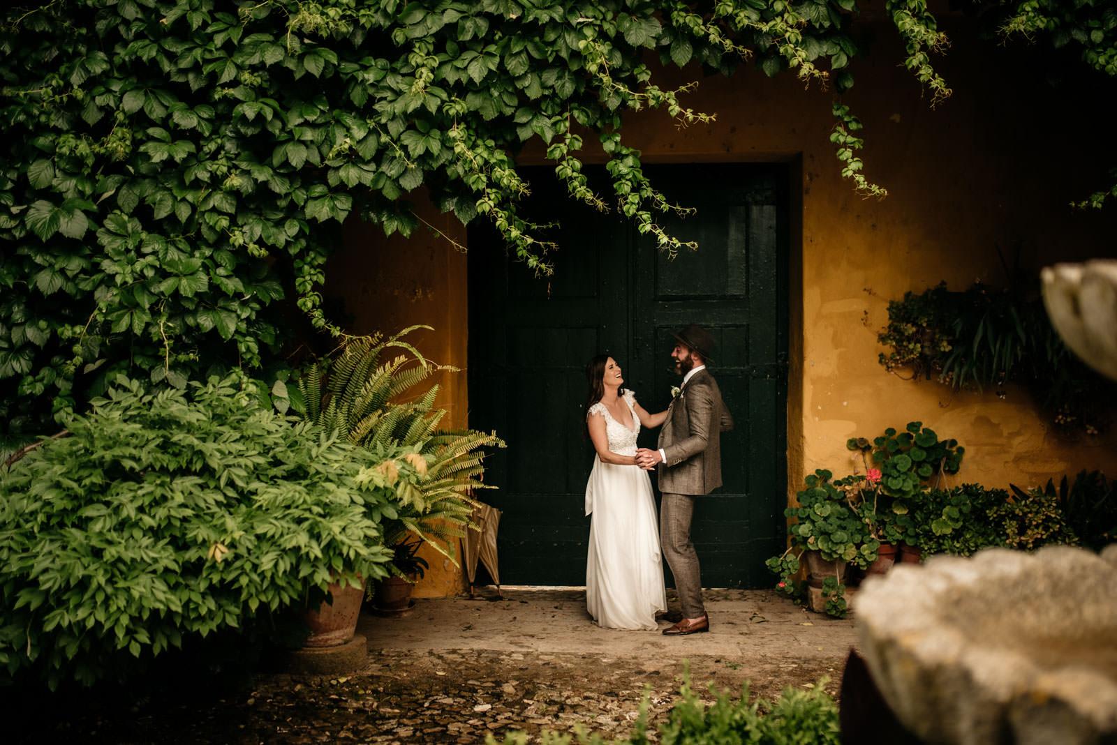 rainy wedding quinta de santana the framers